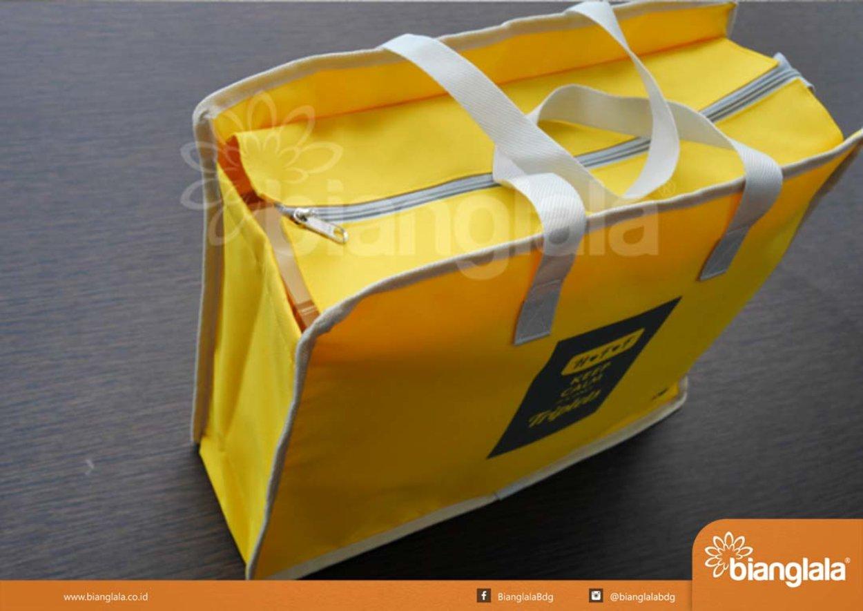 7Souvenir Farewell_Laptop  File Bag.png copy