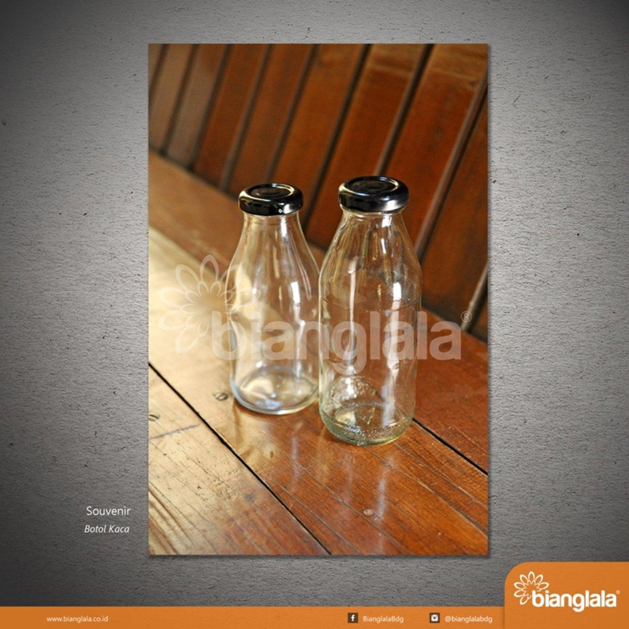 botol kaca tutup hitam