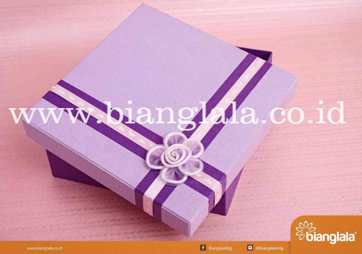 box bingkisan