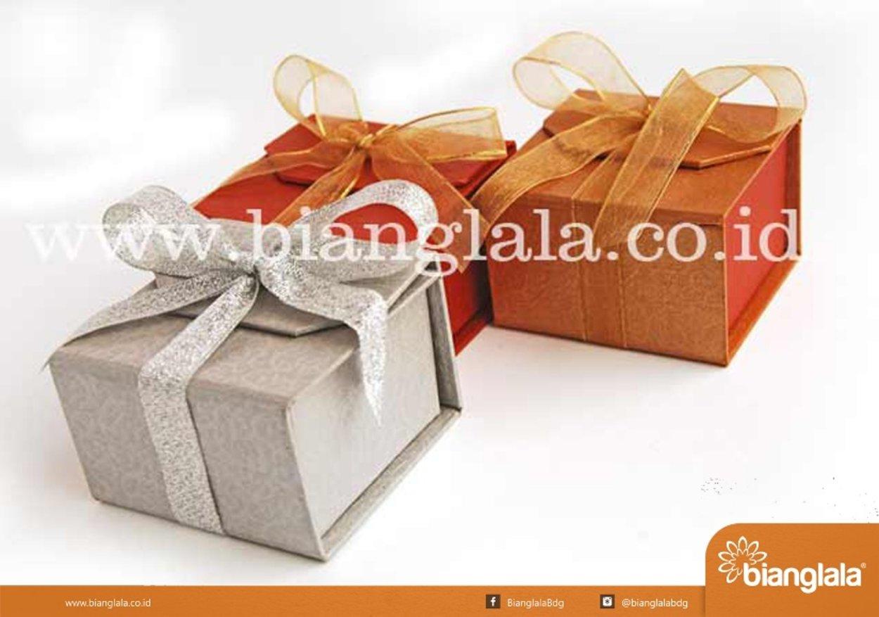 box kotak pita1