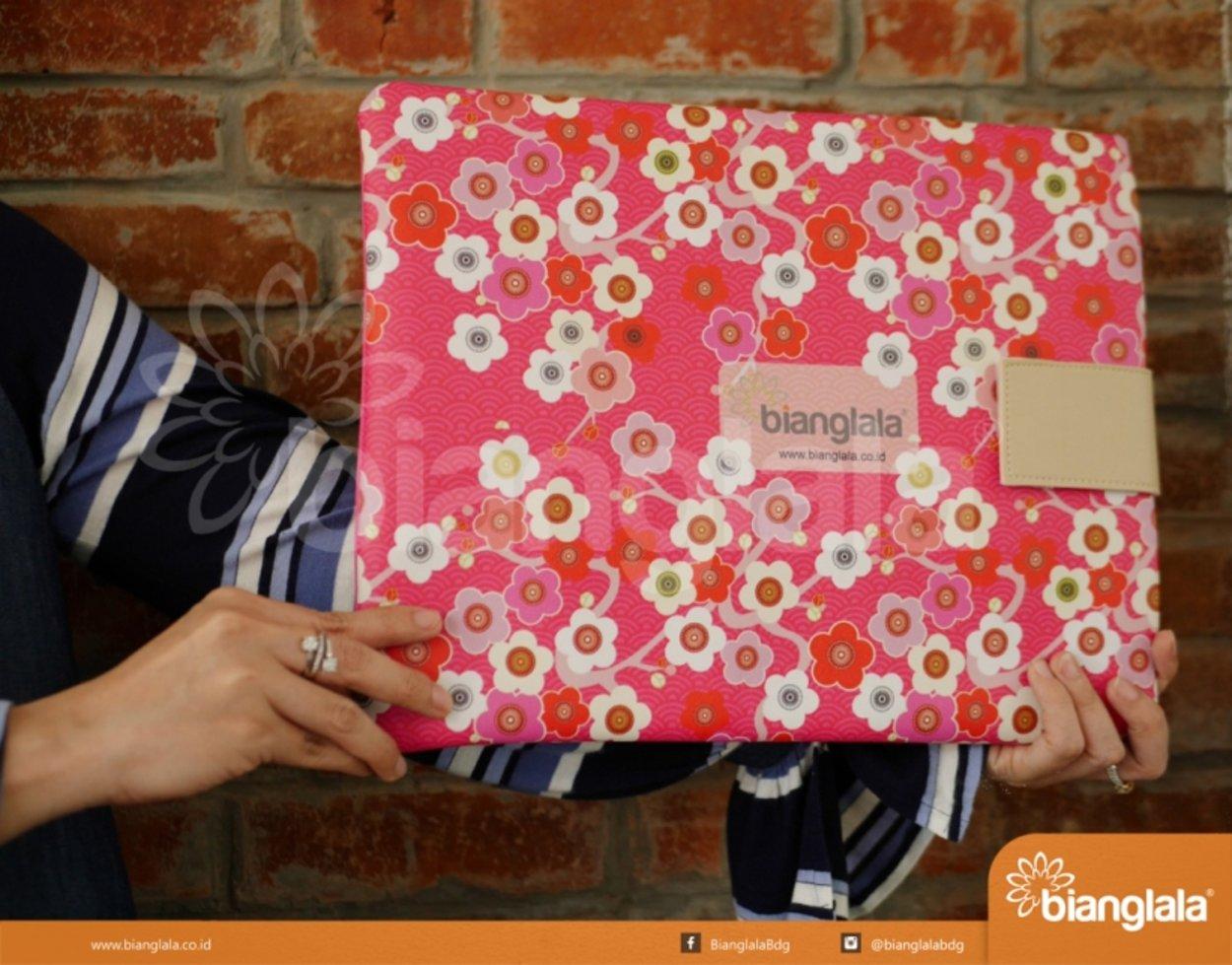 case laptop sakura3