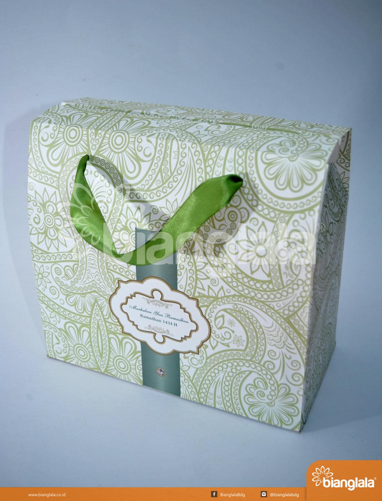 gift box souvenir lebaran