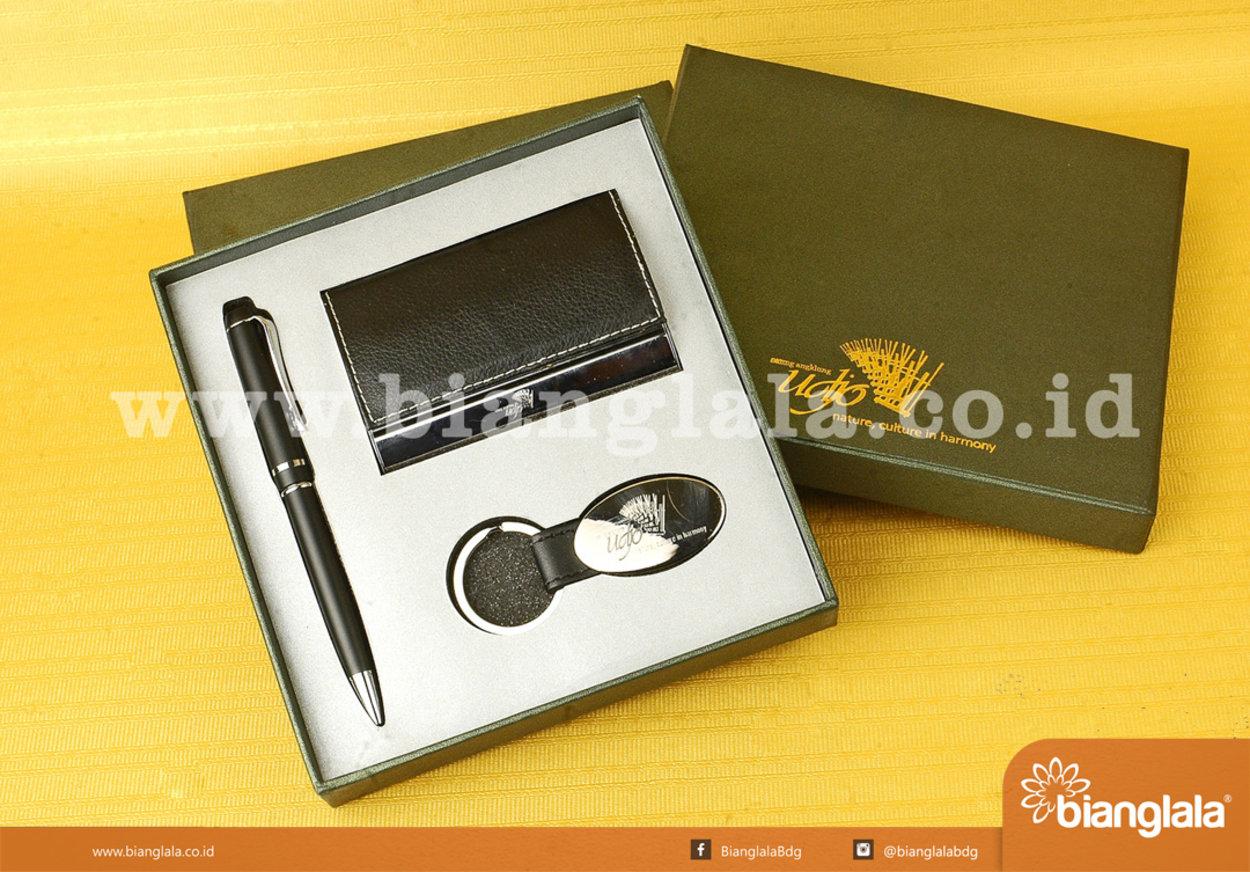 gift set saung udjo1