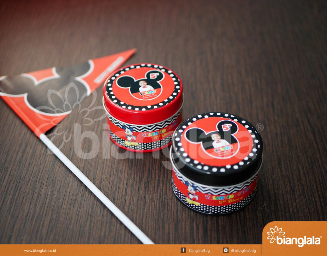kaleng bulat tema mickey mouse