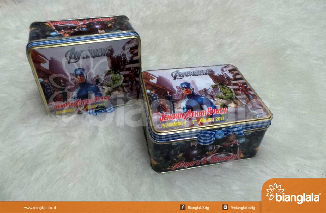 kaleng kotak the avenger