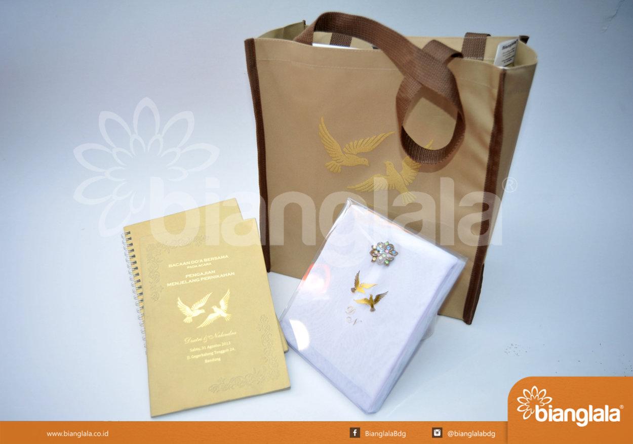 paket souvenir pengajian menjelang pernikahan1