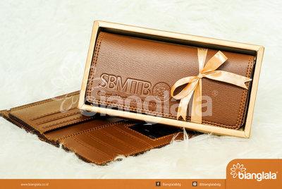 Dompet souvenir perusahaan