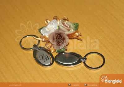 gantungan kunci souvenir pernikahan