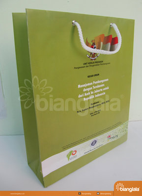paper bag unit kerja presiden