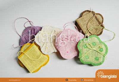 pouch mini bunga